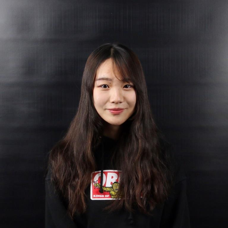 姜雨欣 Yuxin Jiang