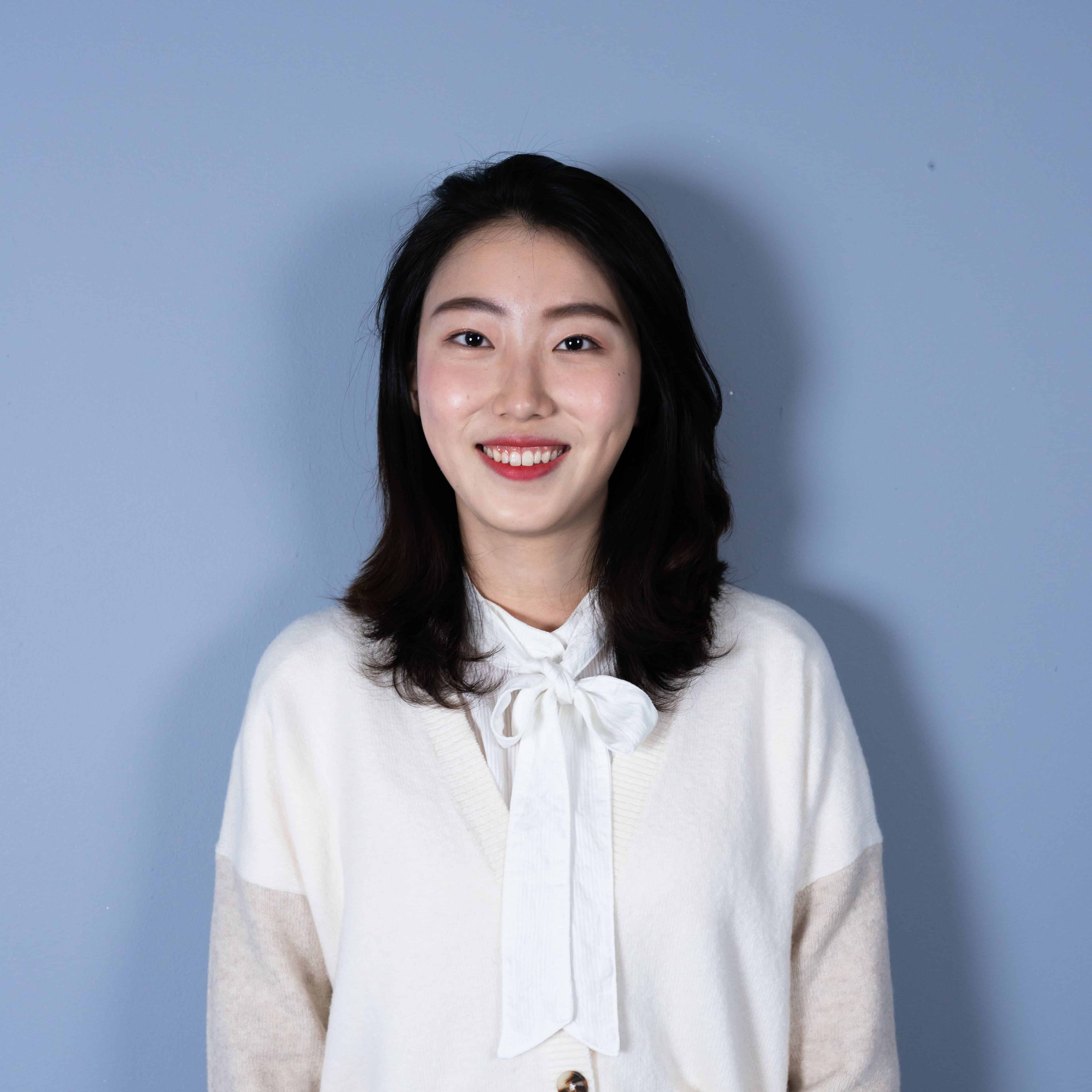 黄芊 Qian Huang